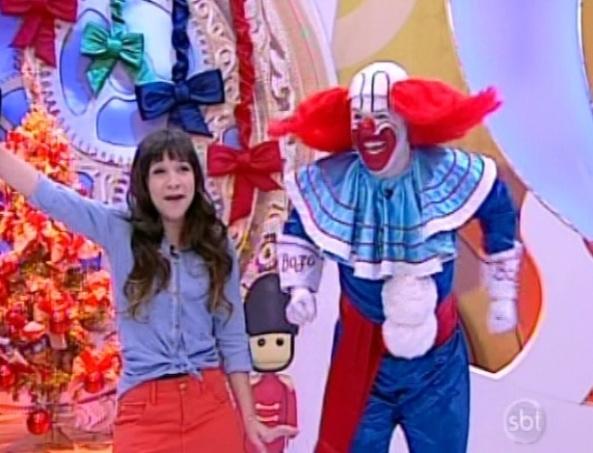 """Priscilla Alcântara e o palhaço Bozo participam do programa """"Bom Dia & Cia"""" (3/12/12)"""